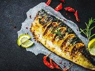 Лесна печена риба скумрия на скара по класическа рецепта